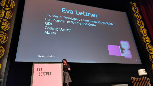 Eva Lettner starting her talk at Fronteers