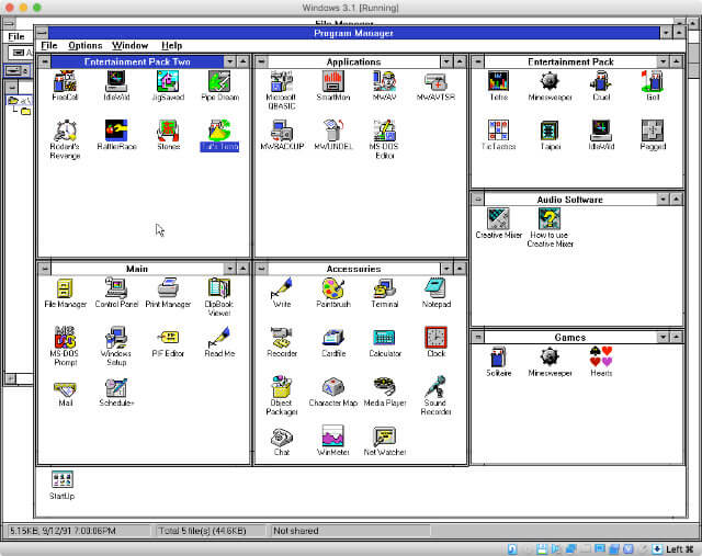 The classic Windows 3.1 Program Manager